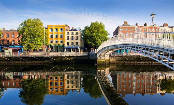 Hapenny-Bridge-Dublin-362k